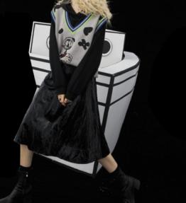 ELFSACK ブラックハイウエストレザー風スカート